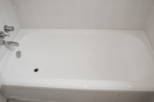 Refinished Tub by Dr Tubs Reglazing Toronto