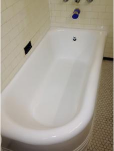 Cast iron tub resurfacing  by Dr Tubs Reglazing